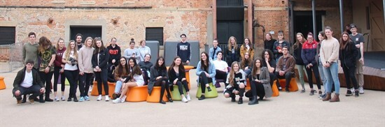 Students at Tasmanian Museum and Art Gallery